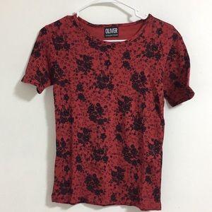 Vintage Black / Red Floral Tee sz M